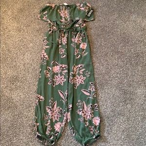 NWT Off the Shoulder Jumpsuit with Cinched Ankles